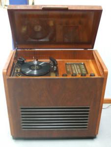 Radiogram circa 1955